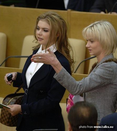 Юлия Тимошенко - в 10-ке самых сексуальных украинок в американском журнале... Покажите сексуальных политиков- женщин...???