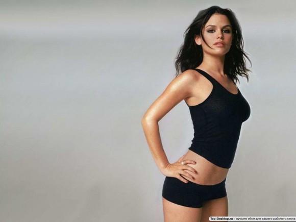Кто может показать идеальную спортивную фигуру девушки ?