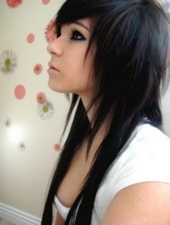 Покажите мне фото стрижки эффект нарощенных волос ?