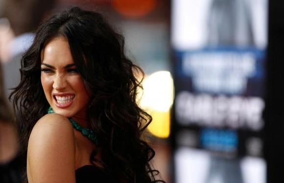 Какие знаменитости обладают самыми красивыми улыбками?
