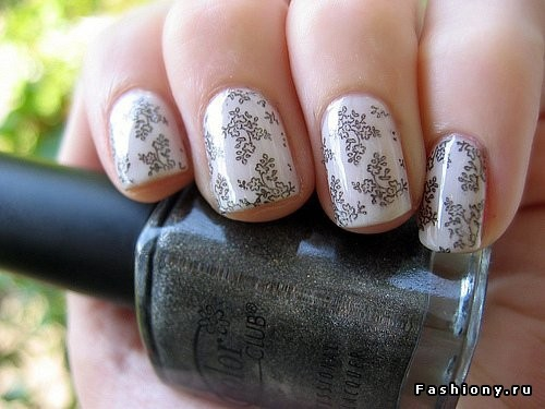 Покажите красивый дизайн ногтей?