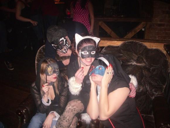 покажите ваше фото в маскарадном костюме?