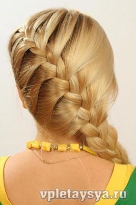 Покажите каждодневные прически для длинных волос?