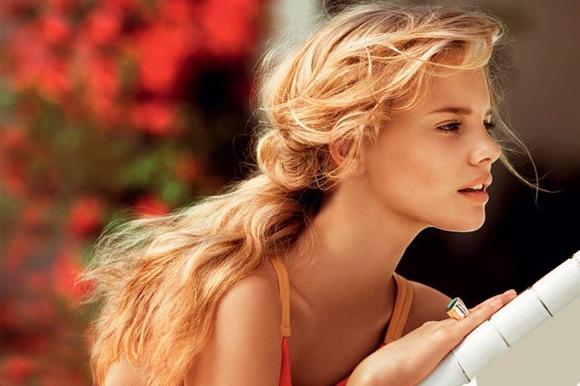 """Покажите красивую, на ваш вкус, вечернюю причёску под названием """"мальвинка"""" ?"""