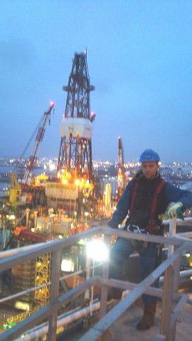Netherland, Europort, oil platform reparing. 110 metres high.