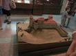 тот же замок, только музейный экспонат :)