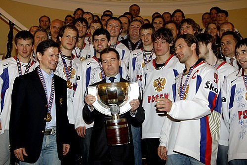 За какую сборную будете болеть на ЧМ- 2009, по хоккею?!