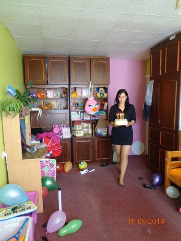 Nesu tortik dlja svoej princesski 6let :)
