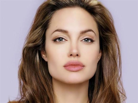 самый аккуратный и симпатичный макияж по вашему мнению ?