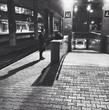 Мрачный парень на вокзале