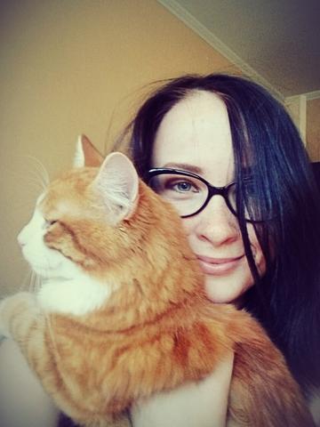 Нет ничего лучше,чем толстый рыжий кот на плече