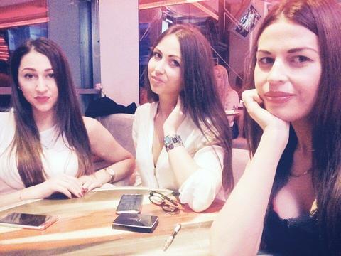 три девицы под окном...скучаю, скоро увидимся <3