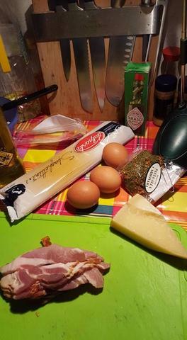 """Готовим """"Pasta alla Carbonara""""...."""