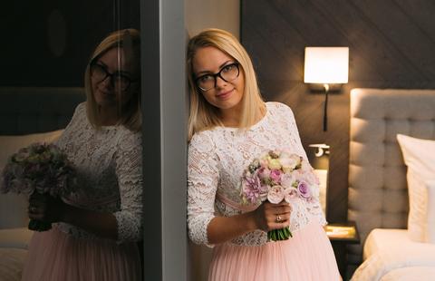 Подружки невесты, они такие, украдут букетик, потом не отнимешь.
