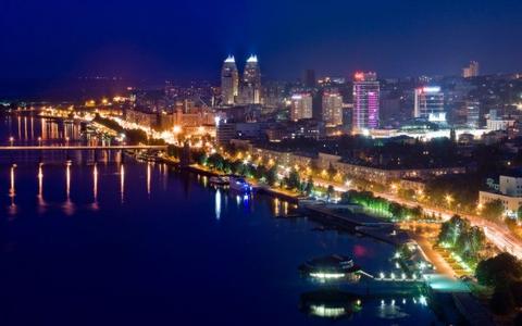 Покажите достопримечательности города, в котором сейчас живёте?