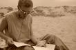 Читаю сказки на песке (свои).