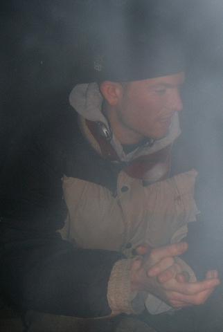 Дым всегда указывает выход.