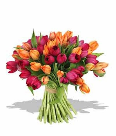Парни, а что вы своей девушке или подруге дарите на 8 марта? =)